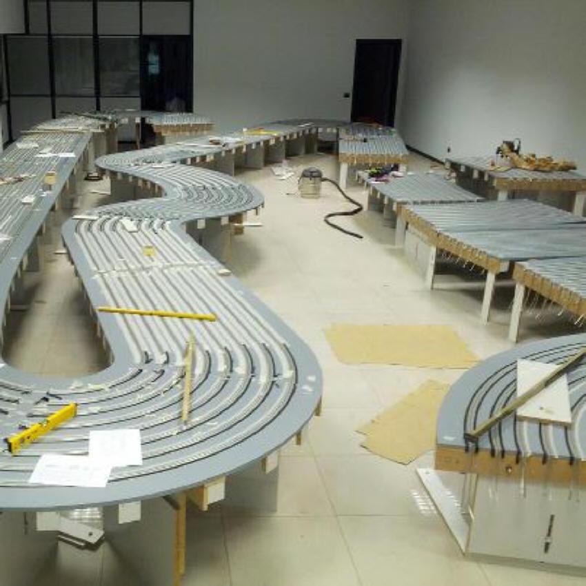 Modeldrome Pista in costruzione
